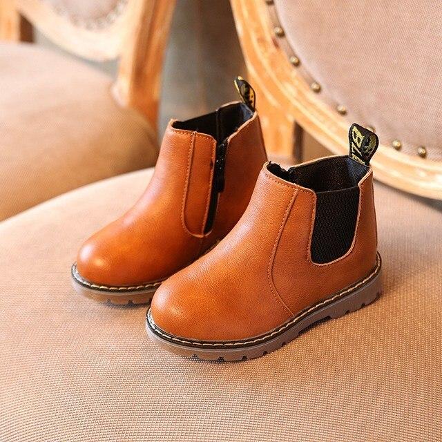 9f24a7e55bf 2018 Kinderen Chelsea Lederen Laarzen Baby Meisjes Jongens Herfst Winter  Comfortabele Boot Nieuwe Mode Zachte Kinderen