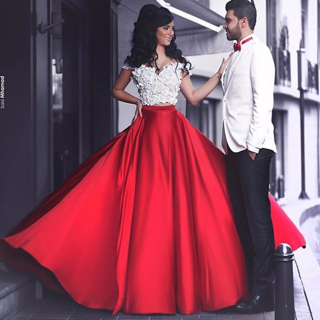 Custom Red 2 Piece Prom Dresses Sweetheart White Petals Decoration  Cathedral Royal Trailing Prom Dress Formal Evening Gowns fedfa54e0c18