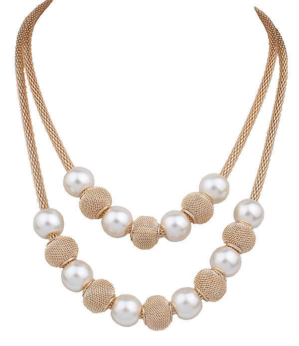 ab6797d18e2e 2019 Nueva joyería Europea moda Punk mujer Noble doble capa perla borla  Vintage real corto collar