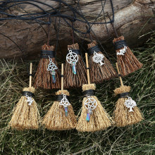 MINI Witches Wicca Broom Necklace Travel Charm Wicca Crystal Tiny Broom Witchcraft Celtic Knot Pentagram halloween charm(China)