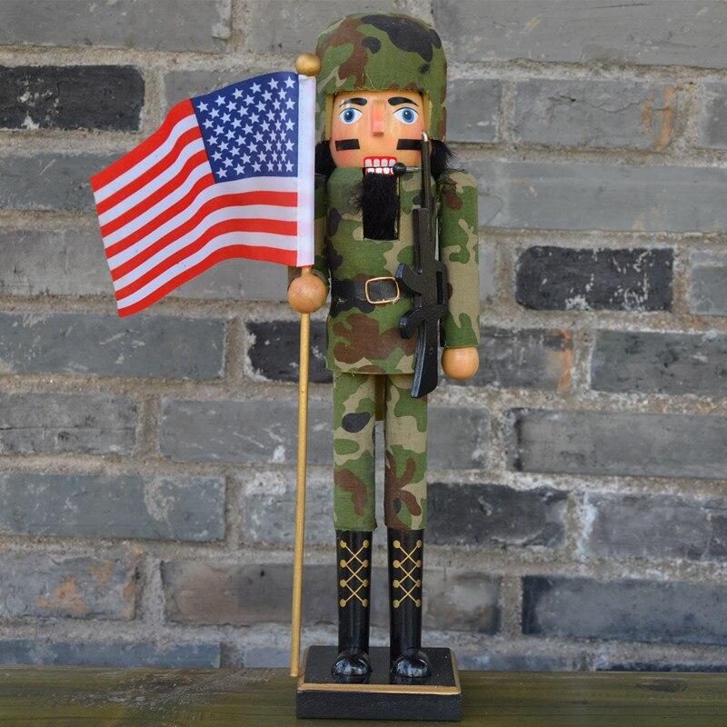 38 cm galletas de Nutcrackers collar de madera original hecho a mano soldado del ejército americano con la bandera de EE. UU. y AK gun decoración del hogar artesanías