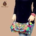 Venta en línea Caliente Étnico Bordado Vintage cubierta de lona del hombro bolsas de mensajero Hmong Hecha A Mano Multicolor pompon pequeñas bolsas