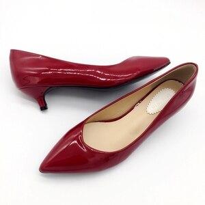 Image 3 - 2019 neue Marke Frühjahr Pumpen frauen Schuhe Mode Patent leder Frauen 4cm Hohe Ferse Einzelnen Schuhe Büro Dame frauen Schuhe