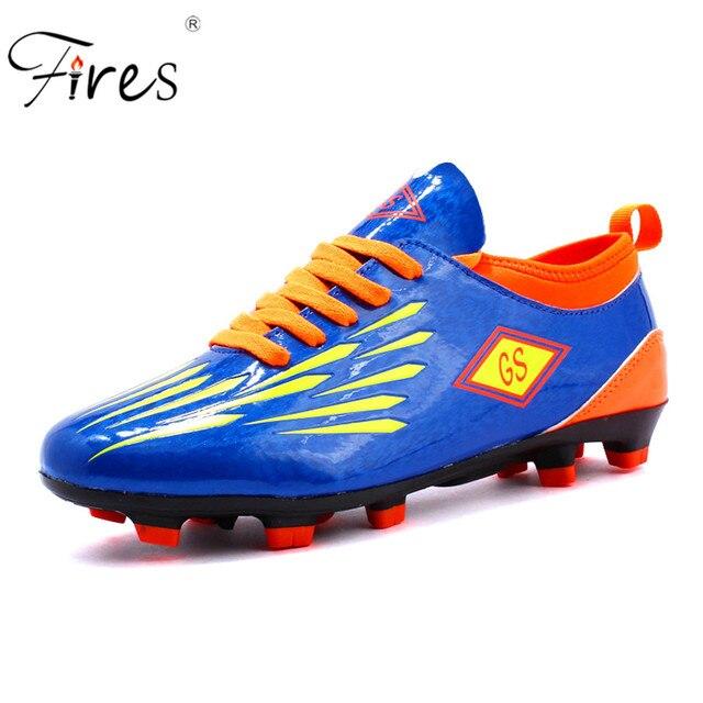Ragazzi Bambini Football Shoes Size 35-40 Scarpe Da Calcio per Bambini PU  Pelle Tacchetti 77dfa40c895