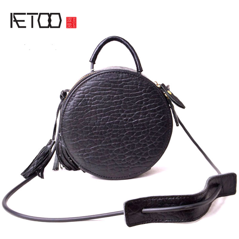 AETOO All-match Korean version of the new creative leather alarm clock round tassel portable diagonal shoulder bag small round p korean version of the new fringed leather handbags fashion bag korean ladies leather shoulder bag oblique diagonal package
