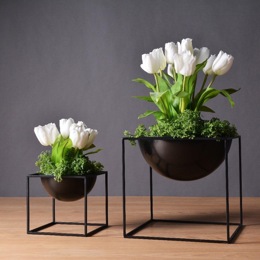 negroblanco moderno de mesa a prueba de agua cubo de metal flor planta de