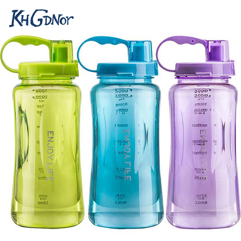 3 Candy Colors 2L Oversized Space Bottle Plastic 2000ml Large Capacity Sports Bottle BPA Free