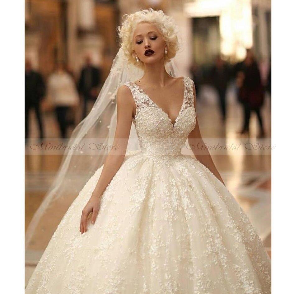 2017 latest designs lace vintage wedding dress sexy plunging v neck low back ball gown princess bridal gowns vestidos de novia