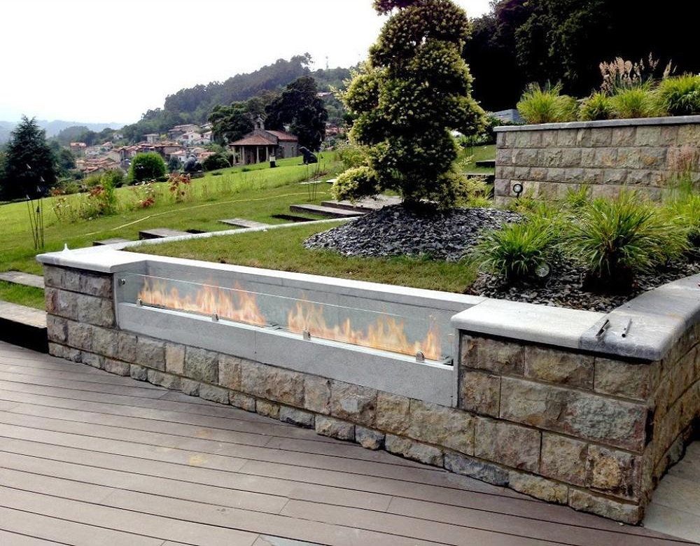 Inno Living Fire  48 Inch Linear Fireplace Bioethanol Chimney Exterior