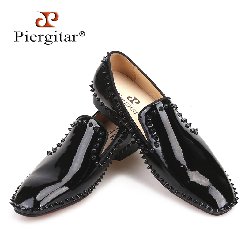 Piergitar 2018 new arrival Handmade Black Patent Leather men spiked shoes party and wedding red bottom men's loafers big size 2017 new arrival comfortable genuine leather bottom and insole men loafers colourful banquet men handmade shoes party male flats