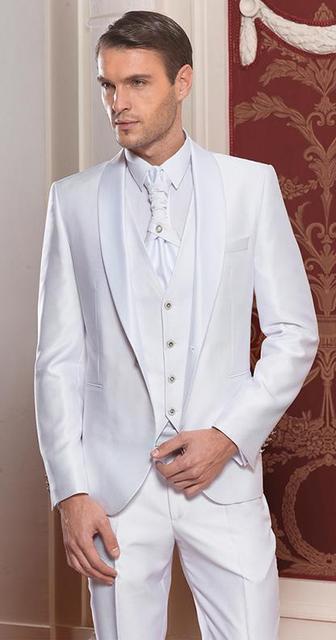 2017 Recién Llegado de Un Botón Del Novio Esmoquin de Satén Del Mantón de la Solapa de Los Hombres Traje Del Padrino de boda Blanco Boda/Trajes de Baile (Jacket + Pants + Vest)