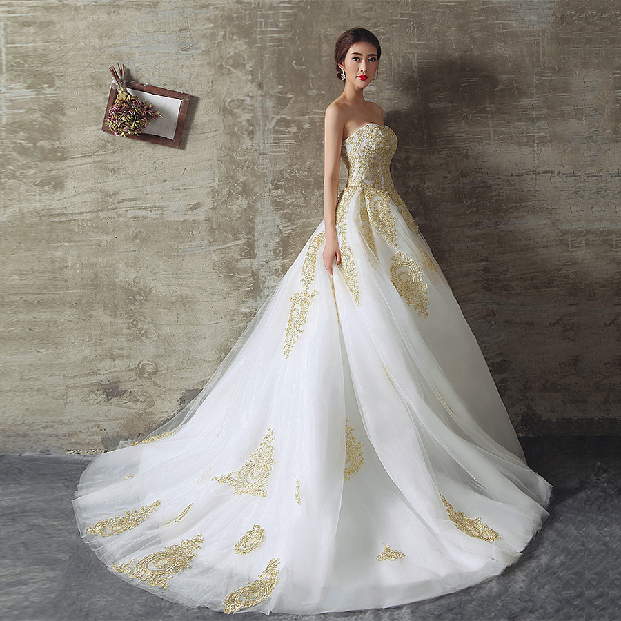 2017 White And Gold Wedding Dresses Ball Gown Sweetheart Lace Up