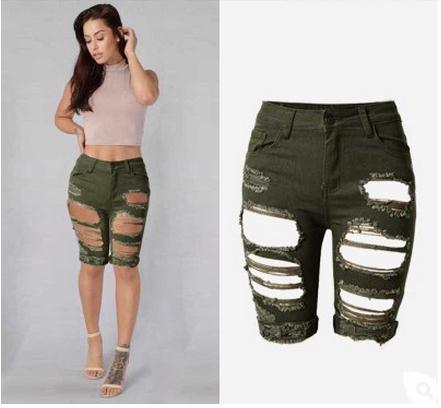 d7068e4f3 2019 mujeres agujero elástico de la longitud de la rodilla pantalones cortos  de moda de gran tamaño verde del ejército vaqueros Slim pantalones cortos  de ...