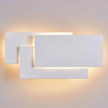 מינימליסטי נורדי מודרני LED אלומיניום מתכת מנורת קיר מקורה מיטת חדר שינה סלון מסדרון פשוט שחור/לבן מנורת קיר