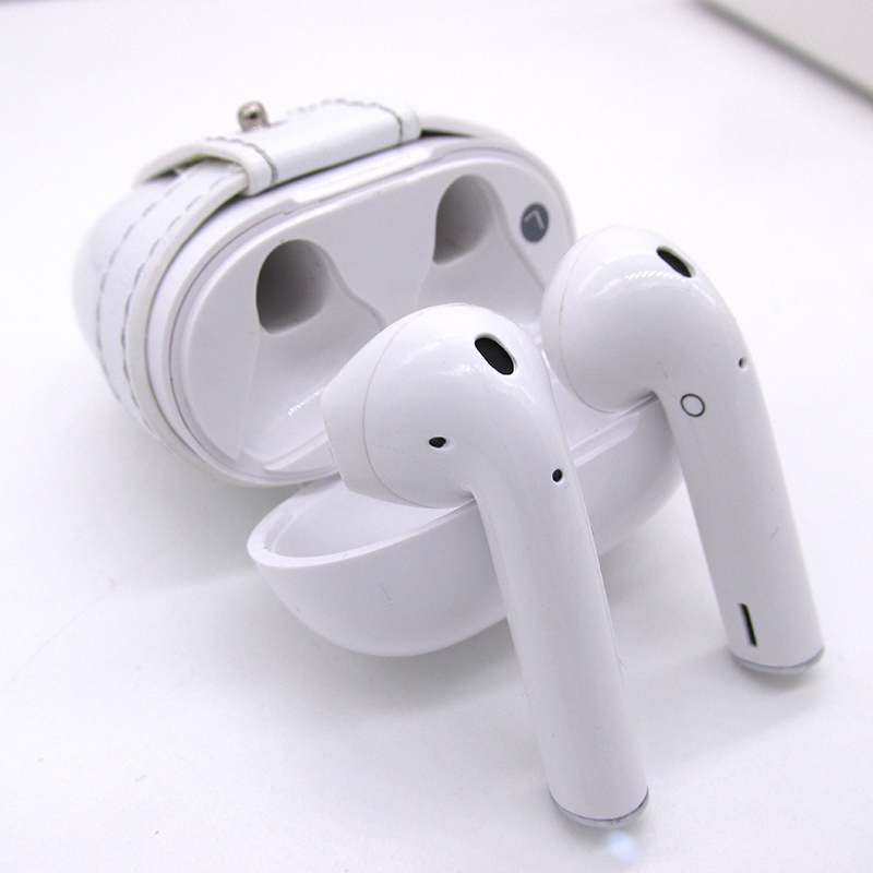 True Wireless Bluetooth earphones Stereo Binaural Sports Earbuds In-Ear Earphone Built-in Microphone with Chargeable Mini Box