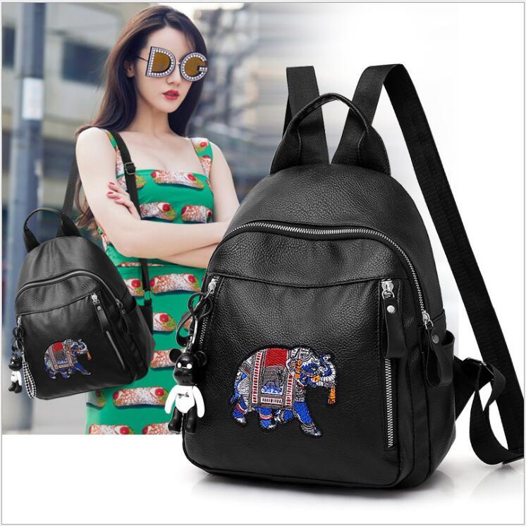 Sac à dos femme motif éléphant petit ours pendentif accessoires PU cuir souple sacs à bandoulière noir sacs à dos pour filles.