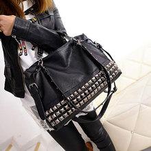 Bolsa feminina de couro sintético com rebite, bolsa nova de 2020 de prata/preta feita em couro sintético de poliuretano com alça única sacos z474
