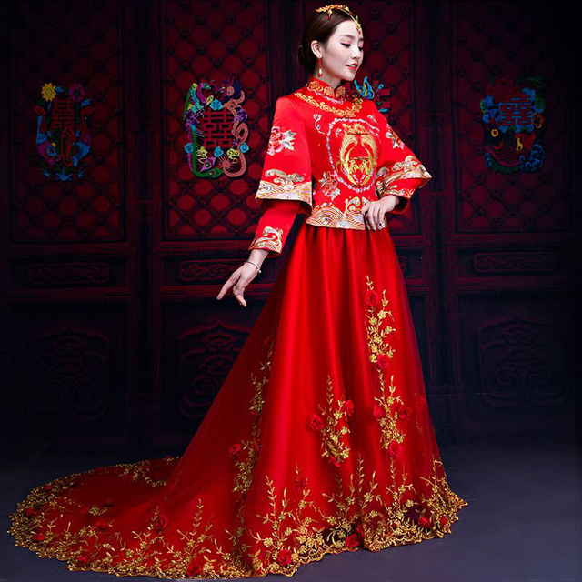 6c86f953558e Bride Cheongsam Vintage Chinese Style Wedding Dress Retro Toast Clothing  Lady Embroidery Phoenix Gown Marriage Qipao red Clothes