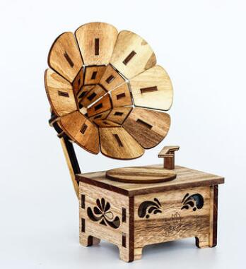 Wooden gramophone music box antique creative model shop pieces world props Wholesale factory direct selling
