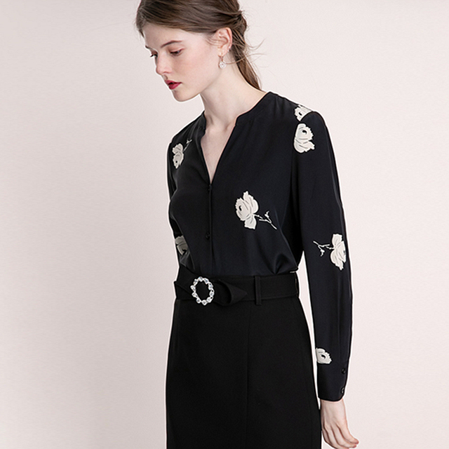 c3551966857e85 100% Silk Blouse Women Shirt Rose Printed V Neck Long Sleeves Elegant Style  Lightweight Fabric