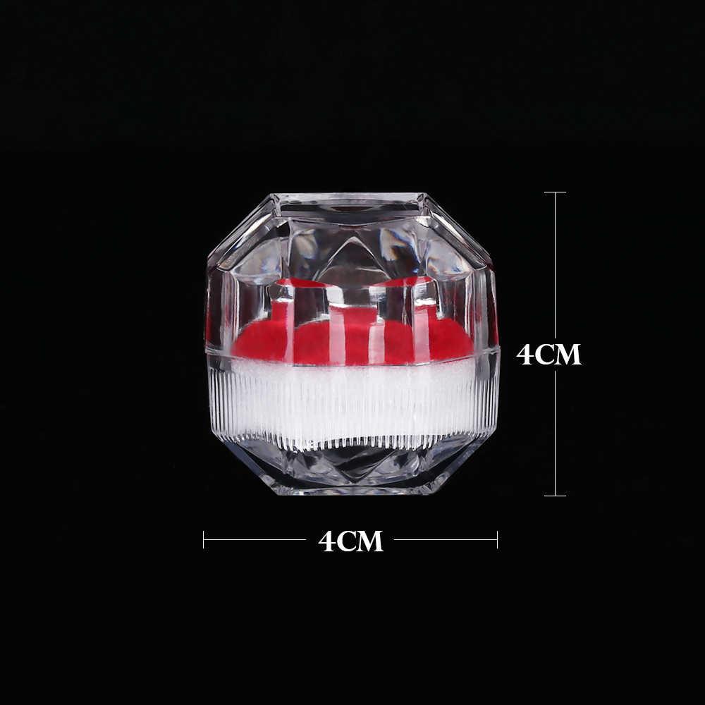 1PC 4*4 centimetri Portatile di Cristallo Acrilico Trasparente Anelli Casella di Visualizzazione Orecchino Monili di Cerimonia Nuziale Cornici e articoli da esposizione Scatola di Anello Organizzatore scatola di immagazzinaggio