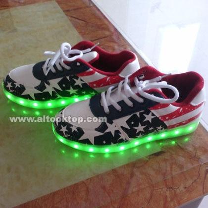 Livraison S Usa Chaussures Drapeau Qui Paires Lumineuses 30 Dhl z4wrRz