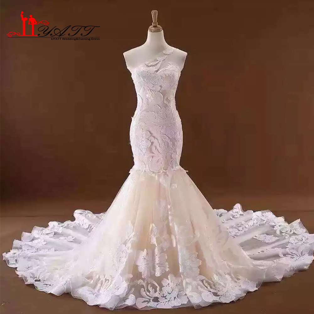 Custom Made 2019 Wedding Bridal Dress Amazing Arabic Dubai Lace Sexy Mermaid One Shoulder Bridal Gown Real Photo LIYATT