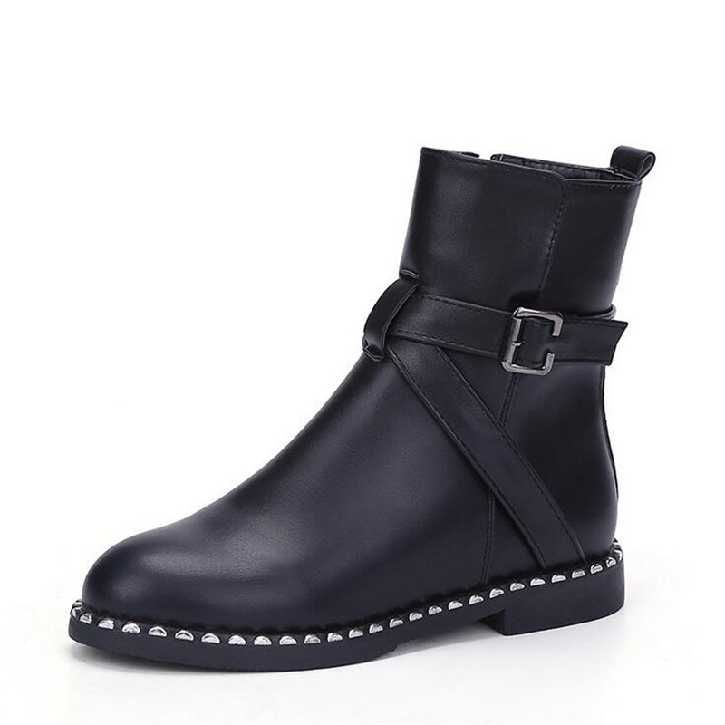 Women's boots 2016 autumn and winter new flat head short female rivets Martin British wind thick with cortex ank