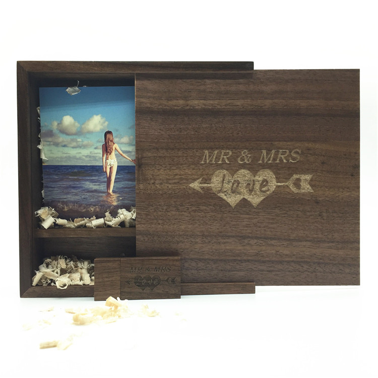 One Pcs Free LOGO Photo Album Walnut Wood USB+Box Pendrive USB Flash Drive 8GB 16GB 32GB 64GB Photography (170*170*35 Mm)