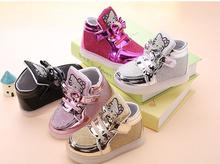 2017 Fashion children hello kitty led light shoes young girls sneakers children tenis trainer flashing casual shoes