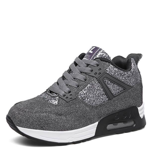 best cheap efe7b 739b6 Retro Women Basketball Shoes Sneakers 2018 Hot Brand Women Comfortable Gym  Sport Shoes Female Jordan Shoes Trainers Bakset Femme