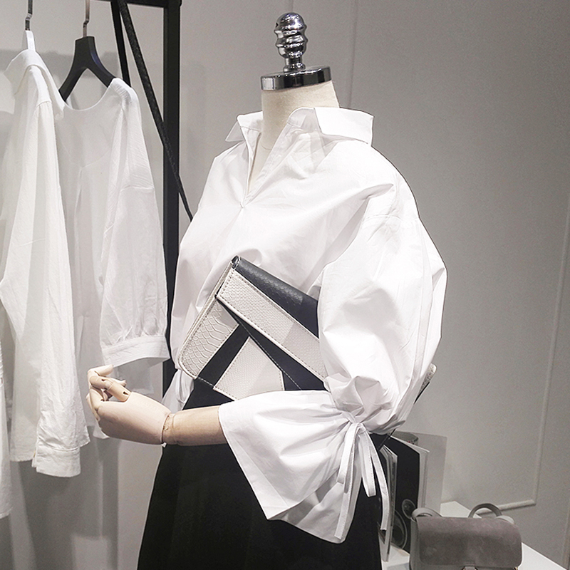 2019 New Summer Cotton Women Blouse Loose V Collar Flare Sleeve Office Lady Loose White Shirt Work Elegant Blouse Outwear Tops