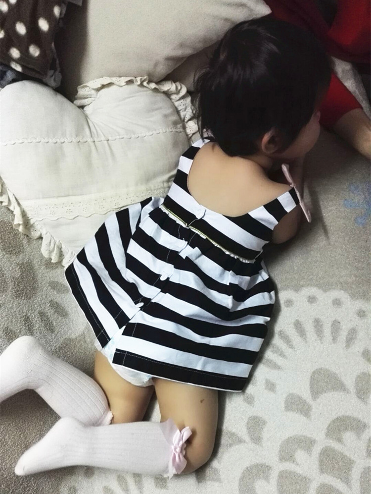 HTB1PDt4QpXXXXcdXpXXq6xXFXXXY - Baby Girls Dress Summer 2017 Stripe Dress Baby Dressing for Party Holiday Black and White with Bow Kids Clothes Girls Cute Brand