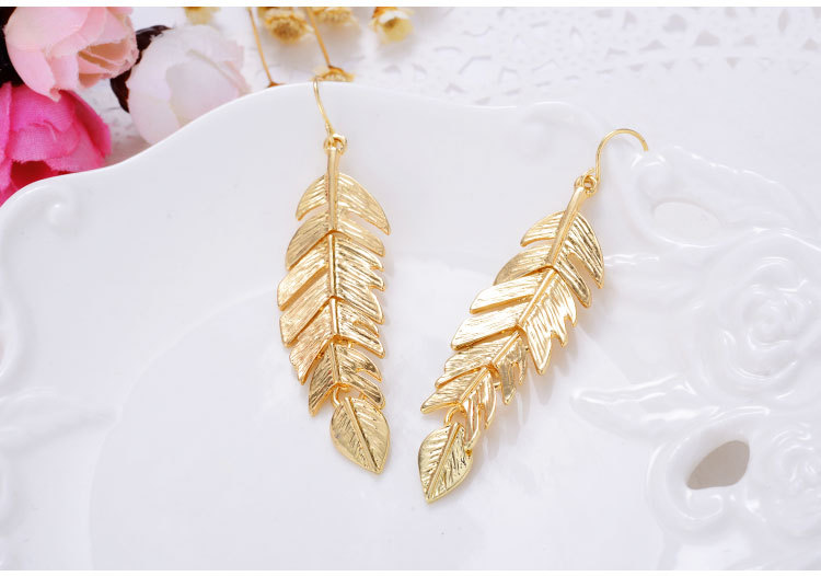 Hot Bijoux Rock Simple Exaggerated Gold Leaf Shaped Pendants Statement Long Drop Earrings for Women Fashion Jewelry