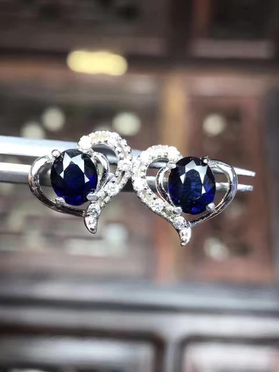 Sapphire stud oorbel Voor mannen of vrouwen Natuurlijke echte saffier 925 sterling zilver 4*5mm 2 stks edelsteen