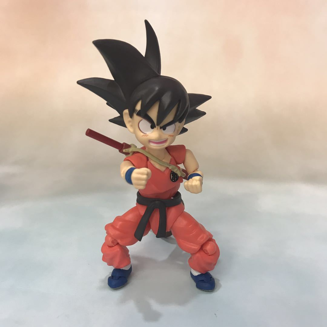 Dragon Ball Young Son Goku on Flying Nimbus Action Figure 11