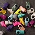 Envío Libre Borlas 26-Color PU Zapatos de Bebé de Cuero Bebé Zapatos Recién Nacidos Bebés Suaves del Pesebre Zapatos Mocasines Sneakers Primer Caminante