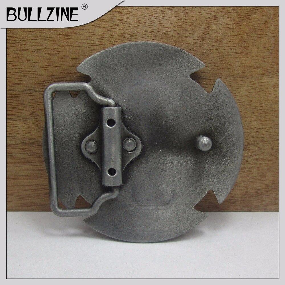 Ремень Bullzine с перекрестной пряжкой с отделкой оловянного FP-03263 с постоянный запас подходит для ремня шириной 4 см