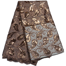 Frete grátis (5 jardas/pc) alta qualidade tecido de renda líquida africano ligh brown lantejoulas tule renda para festa luxo vestido flp802