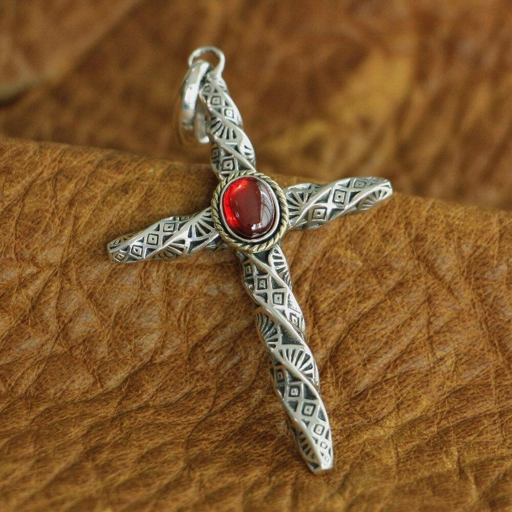 LINSION Красный CZ стерлингового серебра 925 крутильных столбец Крест Мужская Байкер Подвеска TA125