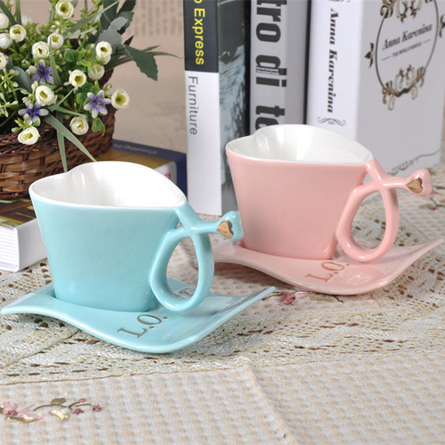 hot sale creative love shape mugs of coffee mug cup milk cup spoon valentine gift cups with baseceramic mug cup for girl gif in coffee tea sets from