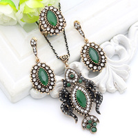 Vintage Turkish Women Flame Necklace Resin Jewelry Ethnic Pendant Necklace Crystal Drop Antique Moon Arabia Bride Dowry