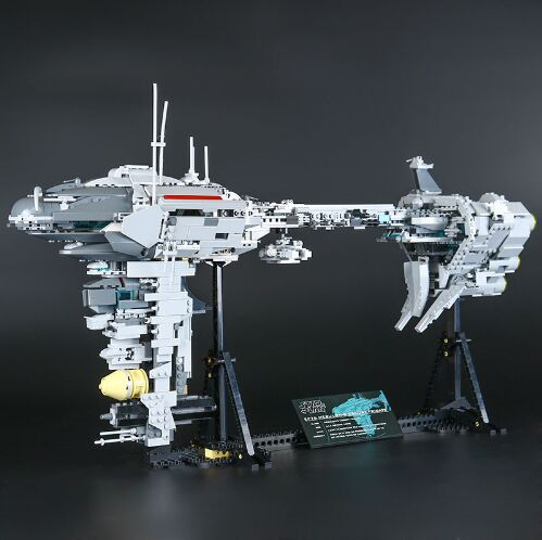 Lepin 05083 1736Pcs Star MOC Series The Nebulon toy B Medical Frigate Set Building Blocks Bricks Funny War Toy For children Gift lepin 05083 star legoing moc series the nebulon toy medical frigate set wars building blocks brick toy for children gift toys