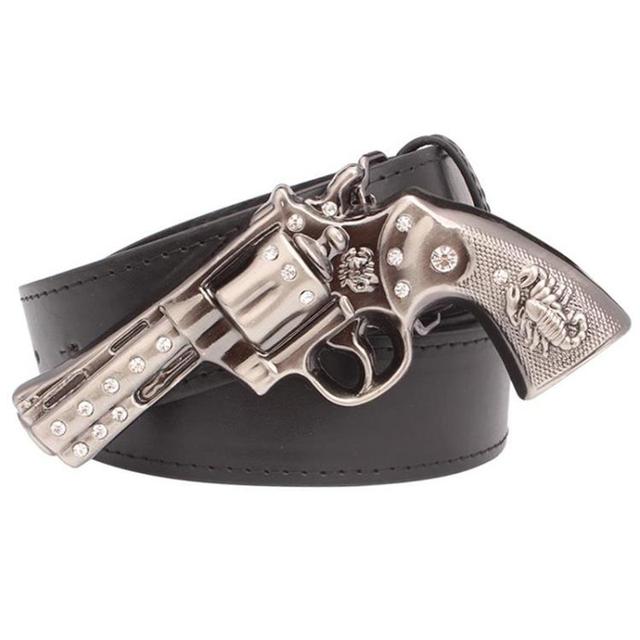 Arma cinto de personalidade dos homens cool cinto de fivela de metal revólver pistola arma de diamantes cinto cintos homens do crânio do punk rock hip hop cinto