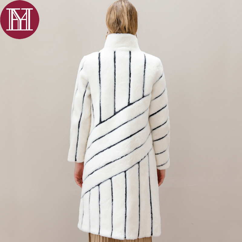 Veste Femmes Luxe 2018 Blanc Longue Élégant Mode Collar Survêtement Noir De Round Collar Réel Manteau Dame Agneau Bande Véritable stand D'hiver Mouton Fourrure q66Er5w