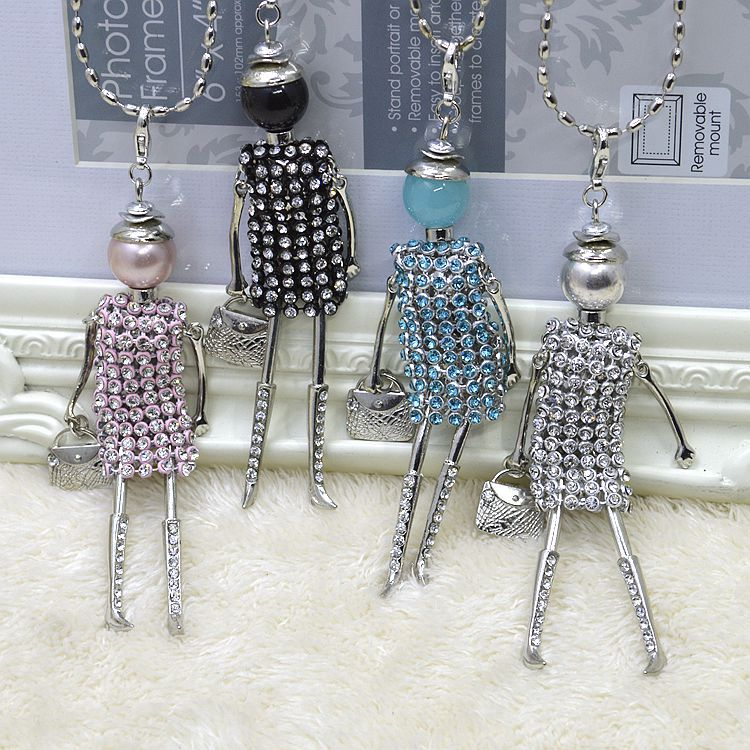 2017 fashion nickel free doll pendant necklace