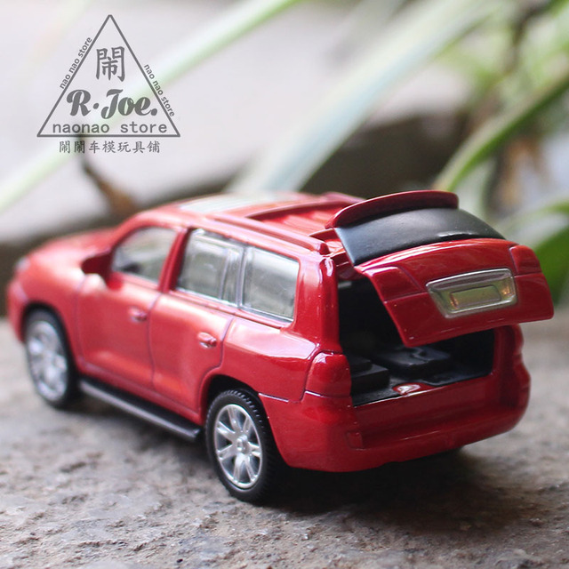 1:64 Alloy Car Model Sports Car Series Lexus 570 Business Car SUV Providia  Children
