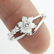 Fashion Flower Ring Cute Boho Female Silver Engagement Vintage Party Wedding Rings For Women Jewelry
