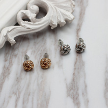 New fashionable for the women earrings, minimalist flowers, embossed three-dimensional ear nails, girlsjewelry