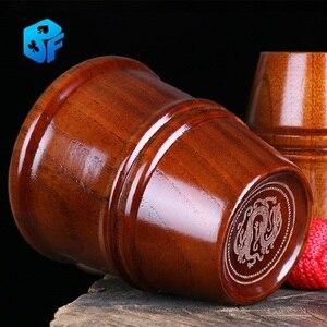 Деревянная чашка и шарики (три чашки, четыре мяча) Волшебные трюки для сцены крупным планом магический реквизит